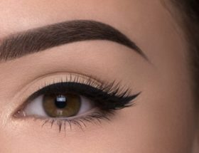 Thick Brows Naturally