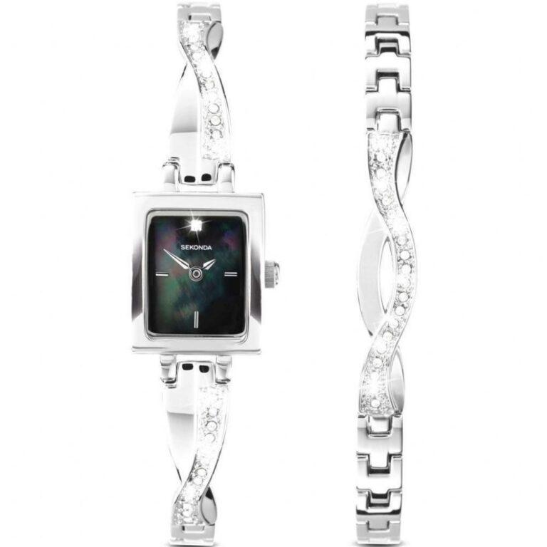 Chic Watch with Bracelet